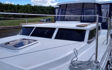 Houseboat_3